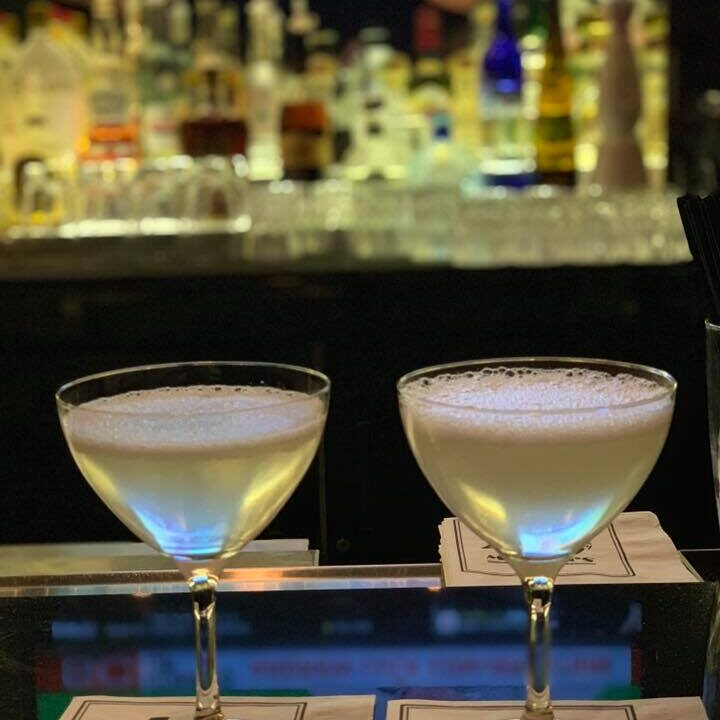 the tasty travelers, Morton's, happy hour, palm beacher, martinis