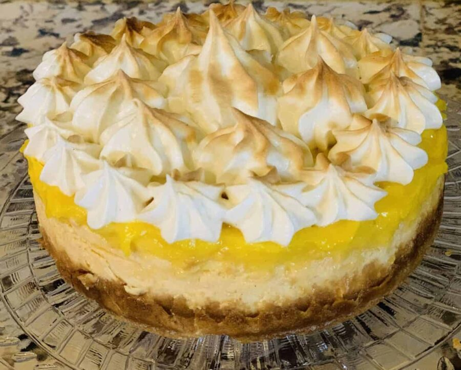 lemon meringue cheesecake, dessert, lemon, cheesecake, Ninja Foodi, Ninja Foodi recipe, instant pot, instant pot recipe, meringue, lemon curd, pie