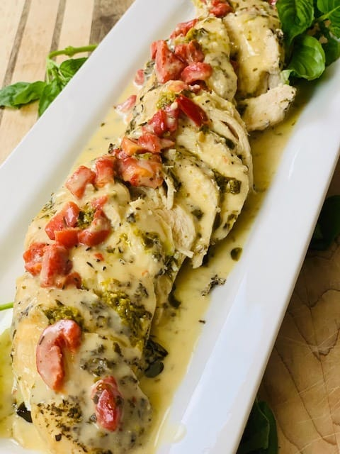 creamy chicken, pesto, red peppers, cream, pasta, dinner, chicken, Ninja Foodi chicken, Ninja Foodi dinner, Ninja Foodi recipe, Ninja Foodi creamy chicken, instant pot chicken, instant pot creamy chicken, Ninja Foodi Italian chicken, instant pot Italian chicken, instant pot dinner, instant pot pesto