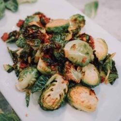 Brussels Sprouts, crispy brussels sprouts, brussel sprout, brussels sprout, brussle sprout, Ninja Foodi brussels sprouts, Ninja Foodi brussel sprout, Ninja Foodi vegetable, Ninja Foodi bacon, vegetable