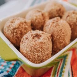 Mexican food, Mexican, Mexican dessert, instant pot churros, instant pot cake, instant pot dessert, instant pot churro recipe, instant pot churro bites, instant pot recipe, Ninja Foodi churros, ninja foodie churro bites, Ninja Foodi cake, Ninja Foodi dessert, Ninja Foodi recipe, dessert, churro, churros, marshmallow sauce, chocolate