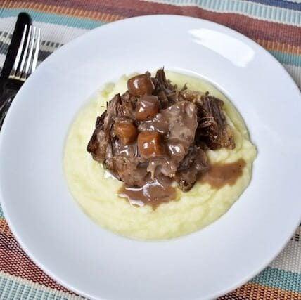 short ribs, beef, dinner, instant pot, Ninja Foodi, the tasty travelers, wine, carrots, pot roast, stew, ribs, main dish