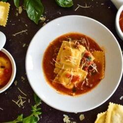 Instant Pot Ravioli Soup