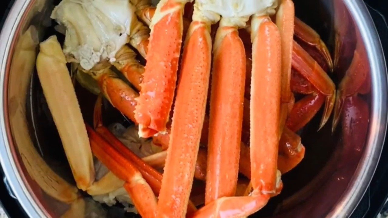 Instant-Pot-Crab-Legs-in-2-minutes-poster