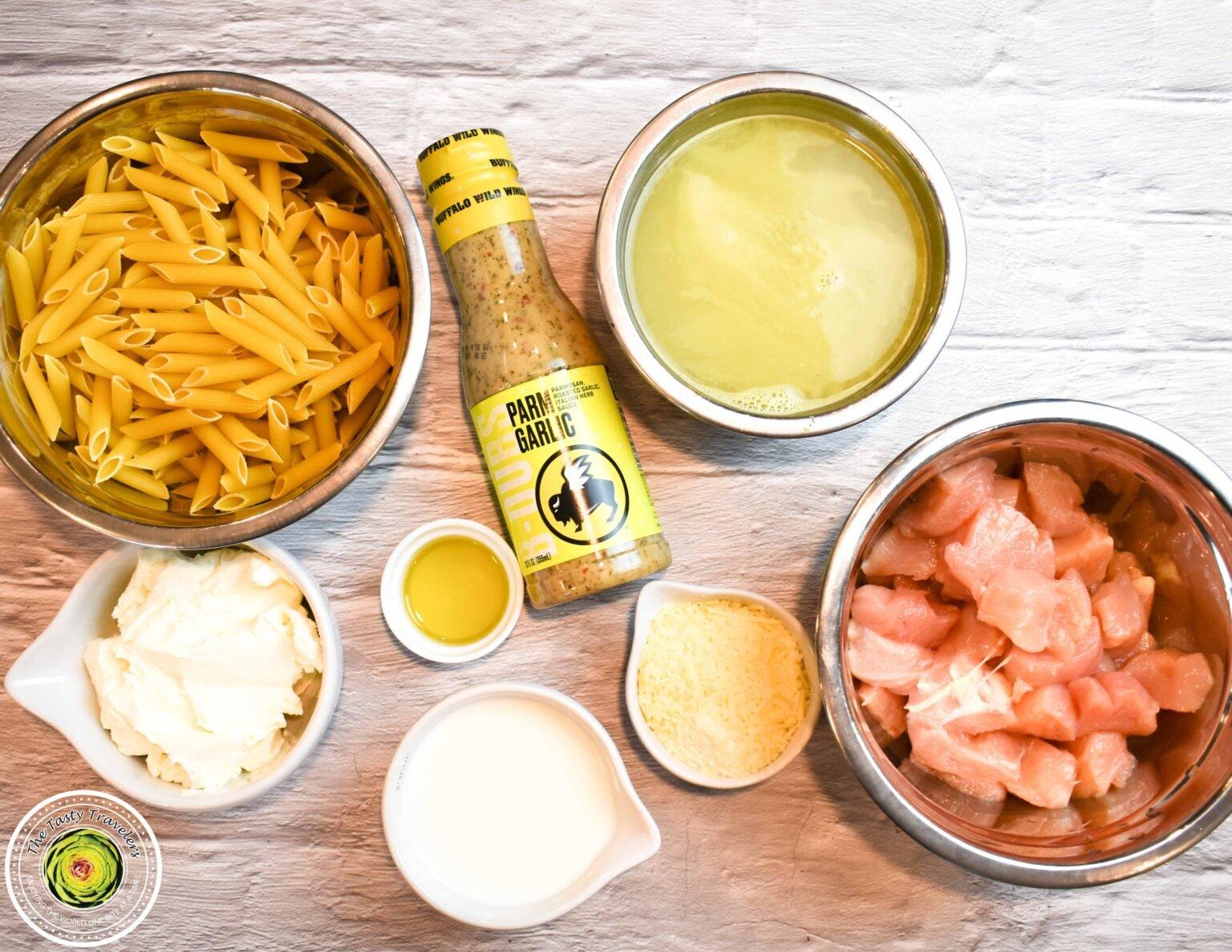 BWW Parmesan Garlic Chicken Pasta