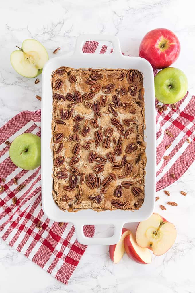 Caramel-Apple-Dump-Cake1