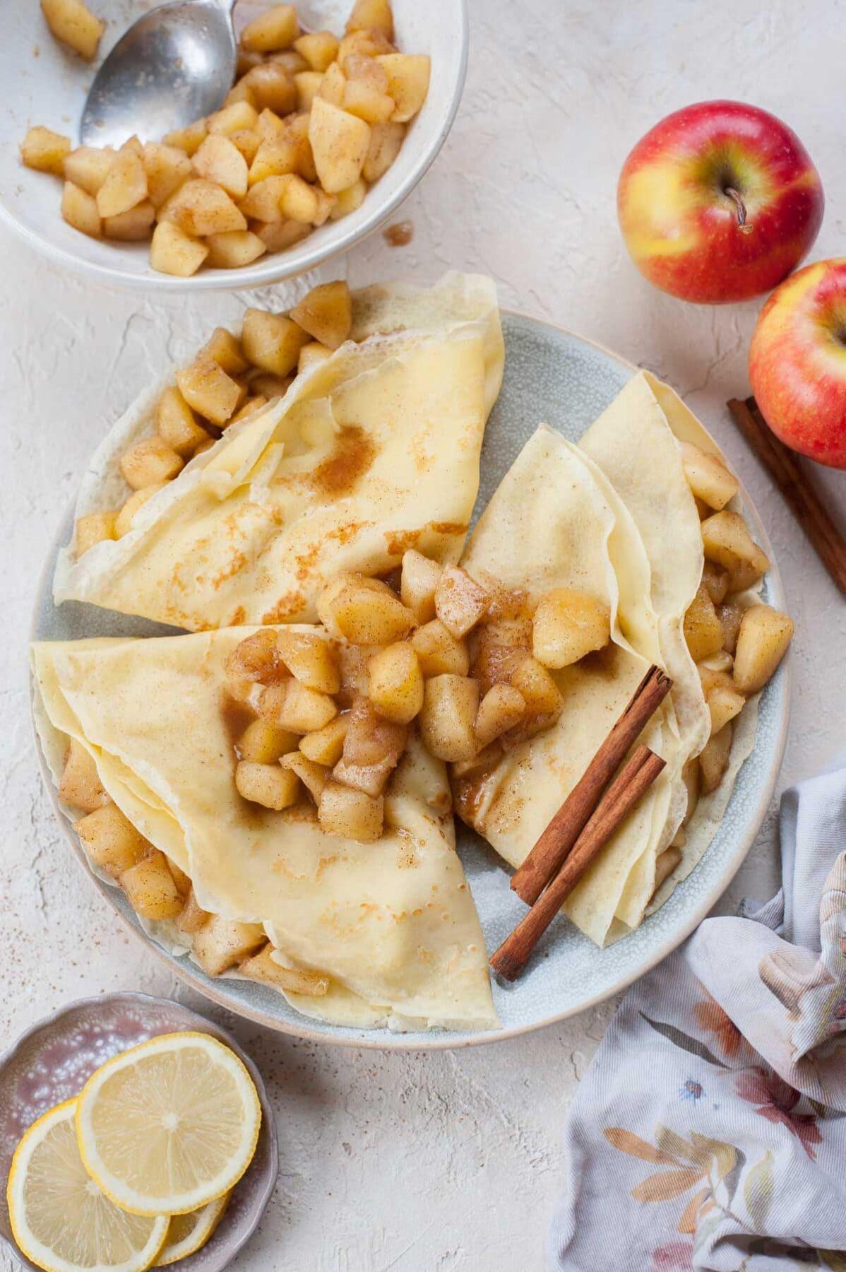 apple-crepes-nalesniki-z-jablkami-everyday-delicious-1-1198x1800