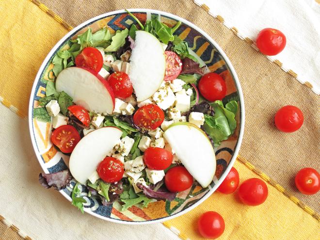 easy-feta-apple-salad1