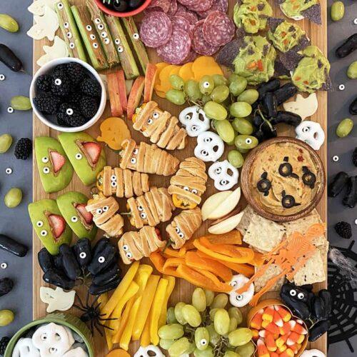 web-Halloween-Snack-Board-landscape